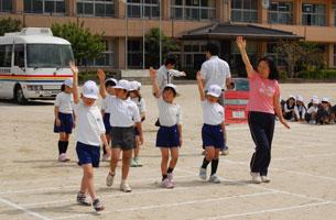 小学校での交通安全教室